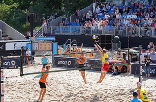 Beachvolleyball 02957c